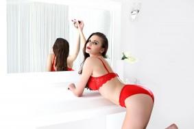 Monalsia_sexy_bra_panties_by_floret