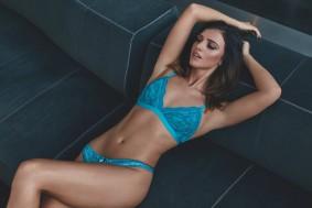 Lucy_mecklenbergh_blue_lingerie_boux_avenue_newLingerie_campaign