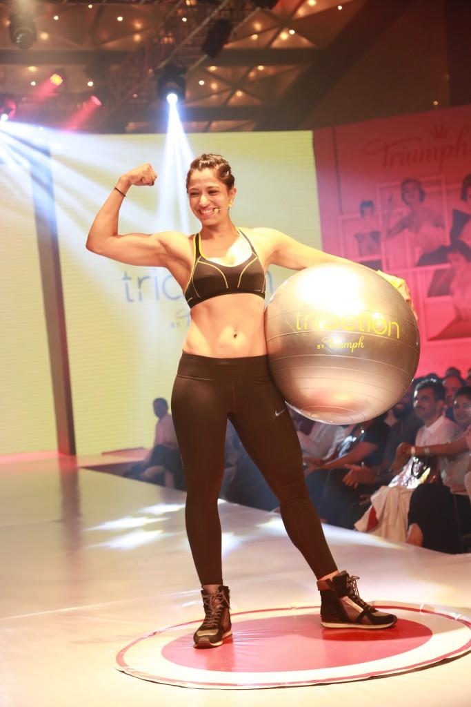 A model at triumph fashion show | sports bra| Sportswear for women|