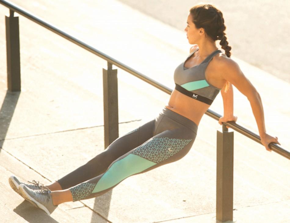 Women athlete in Sports bra & Yoga Pants