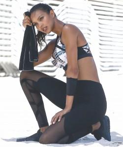 Go sporty like Angels Martha Hunt-2