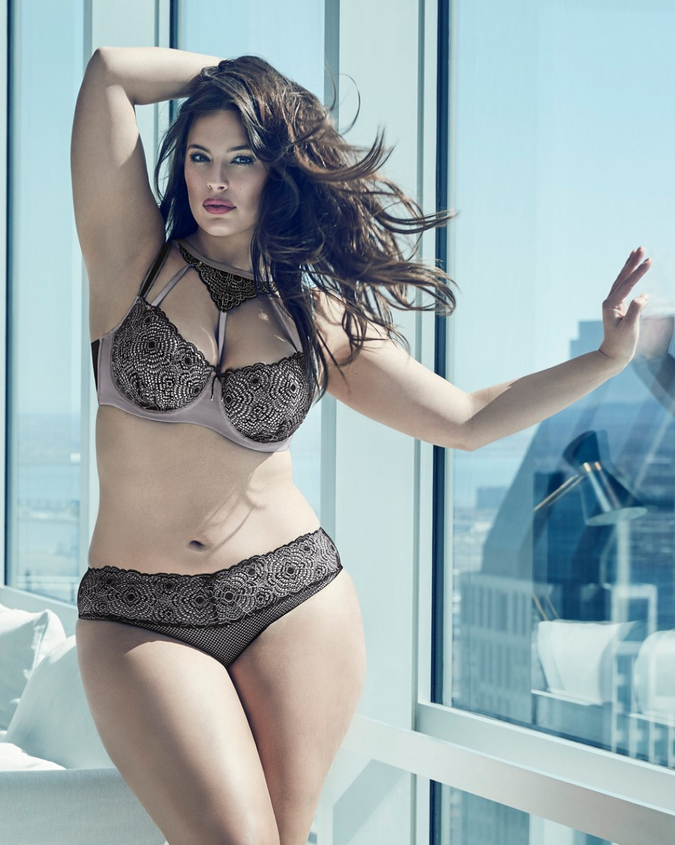 Plus_size_lingerie_campaign_Ashley_graham