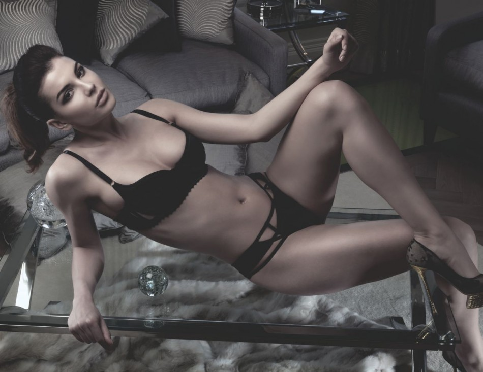 Nicole de carle_ special_lingerie_Collection