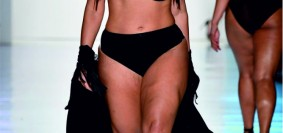 Ashley Graham killed it on the runway-2