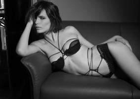 lacenlingerie_Maxine-Wattam-Sariah-Catwalk