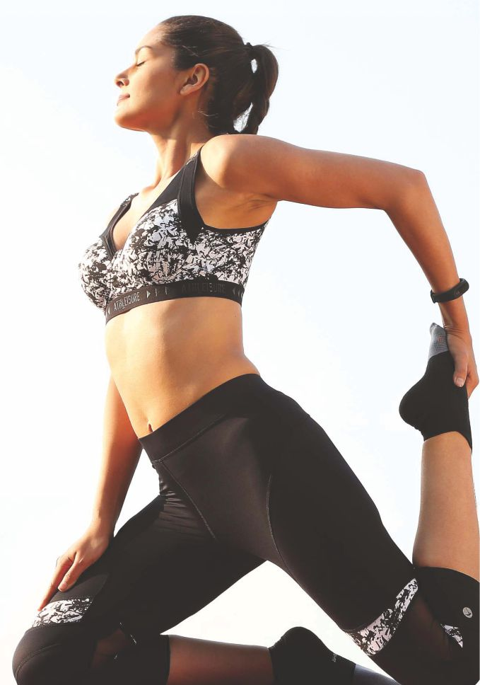 Lovable Sports Wear Bra & Tights For Women
