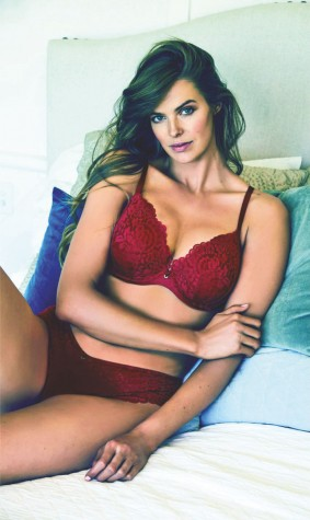 Australia-models-maroon-bra-&-panties-bras-n-things-campaign-2018-lacenlingerie