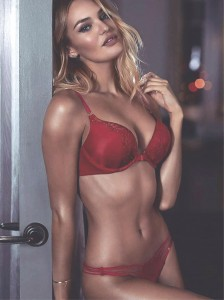 Candice Swanepoel is crowned most influential lingerie model on Instagram - 2