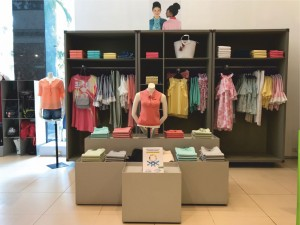 STORE REVIEW - Benetton Store - 5