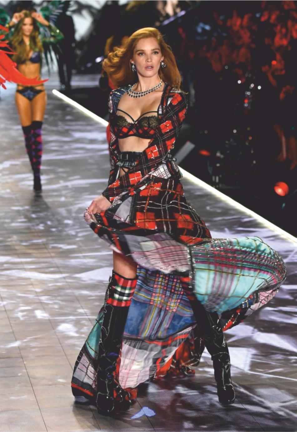 Alexina Graham natural ginger haired becomes V's Angel