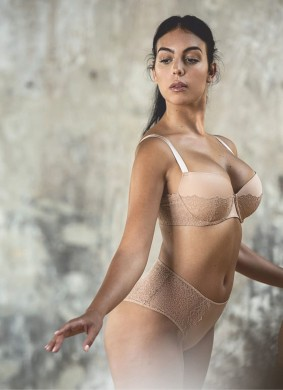 Georgina Rodriguez looks sensational in a new lingerie campaign by Yamamay - 1