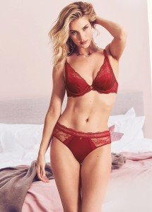 Rosie Huntington-Whiteley looks bewitching in the new M&S lingerie campaign - 3