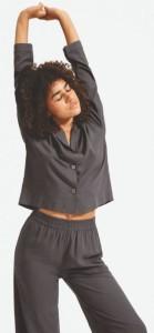 Everlane's new fuzzy sleepwear promises warmth all winter - 2