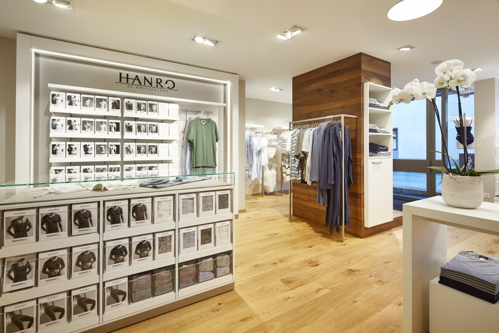 Hanro_Store_view_with_Products