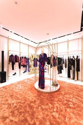 La-Perla_new_store_Takashimaya-Singapore