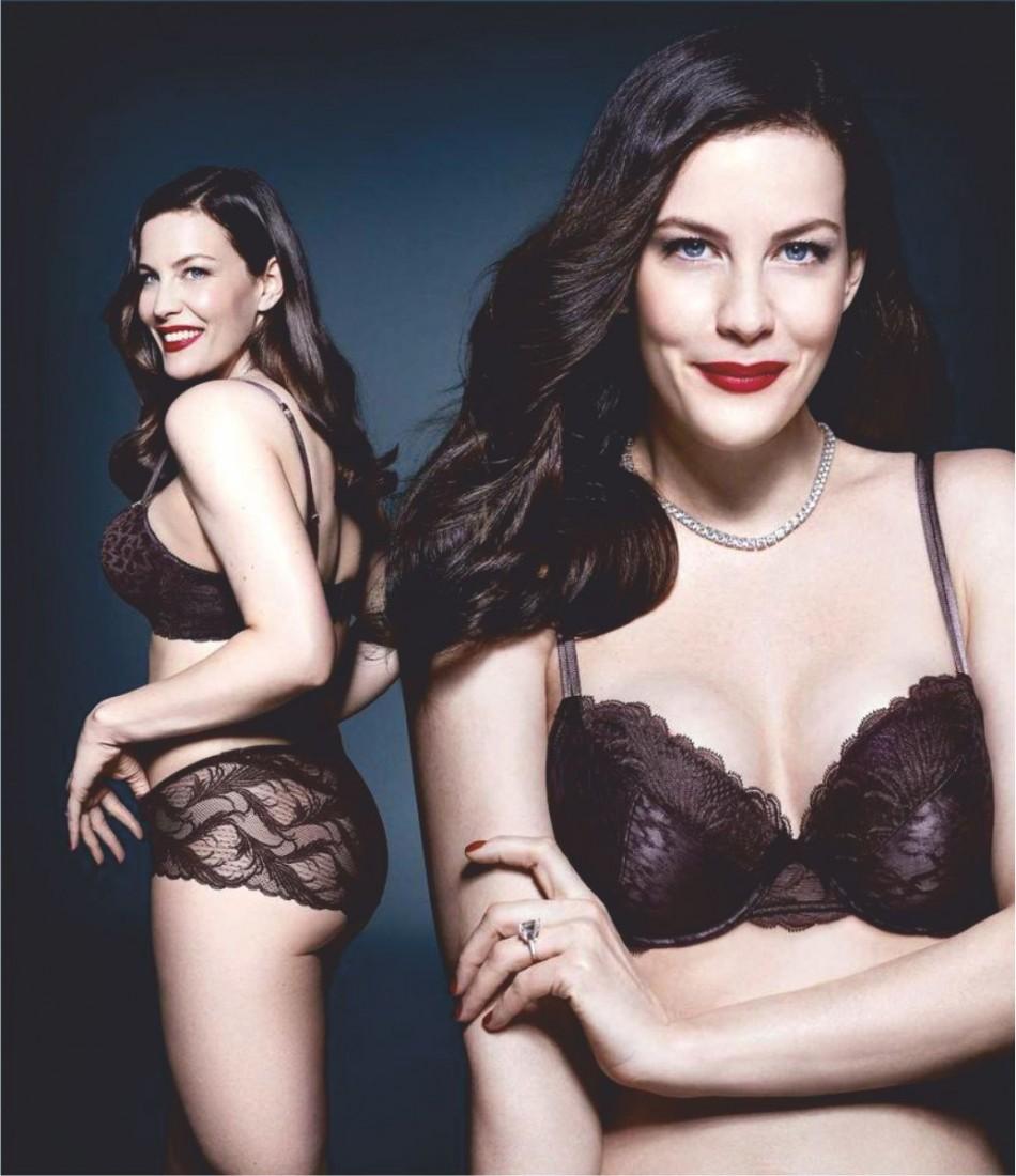 julianne moore & liv tyler sizzle during lingerie campaign